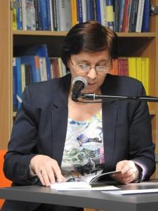 """Maria Duszka - promocja zbioru """"Wolność chmur Debesų laisvė""""; fot. Agnieszka Jarzębowska"""